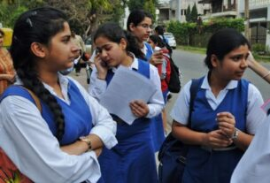 Telangana promotes all class 1-9 students to next level without exams - Times of India