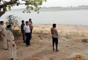 Nearly 100 bodies found floating in Ganga, spark panic in Bihar, UP