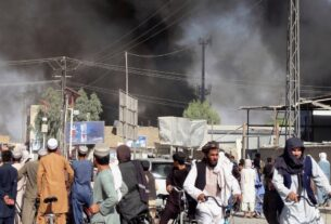 Taliban seize more Afghan cities, assault on capital Kabul expected