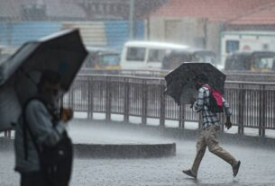 Weather Today Live Updates: MP, Rajasthan to witness more rain; 4 people killed in West Bengal floods