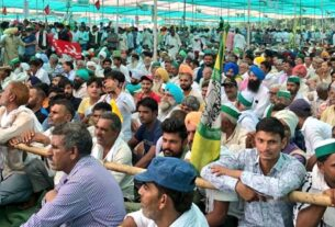 Kisan mahapanchayat sees thousands gather: 'Govt selling out to corporates, here to save nation'