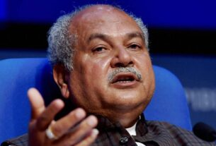 Centre to raise farmer database from 5.5 cr to 8 cr by Dec with help of states: Narendra Singh Tomar