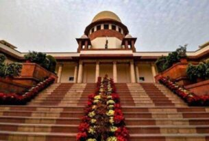 Deity is owner of land attached to temple, priest cannot be treated as 'Bhumiswami': Supreme Court