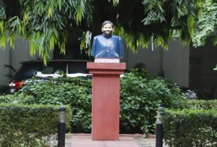 Time for son Chirag to vacate, late Ram Vilas Paswan's bust installed in bungalow