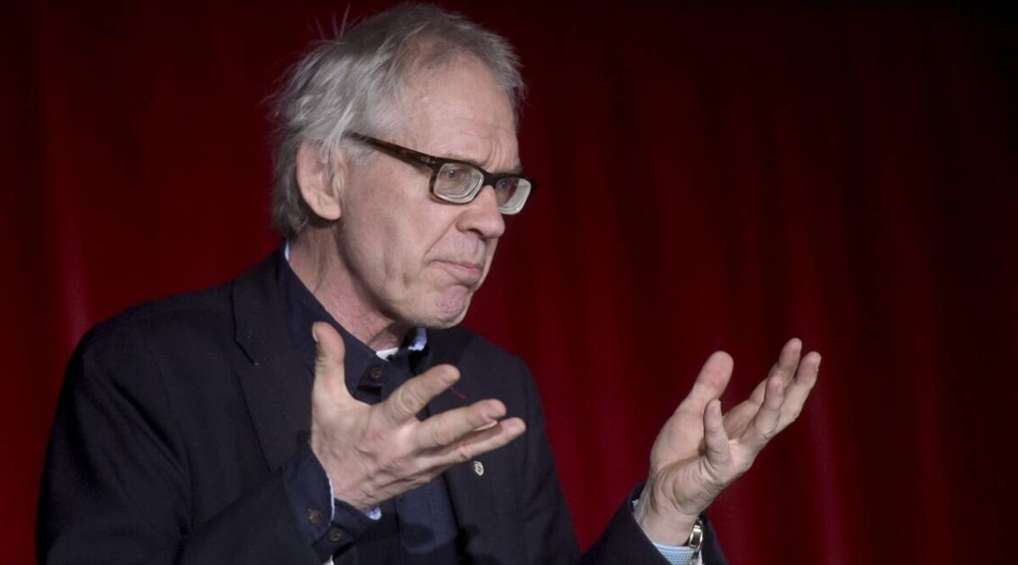 Swedish cartoonist, who drew drawings of Prophet Mohammad, killed in car crash