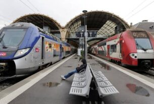 France, france train accident, accident, migrants, Indian Express, Indian express news, world news, current affairs