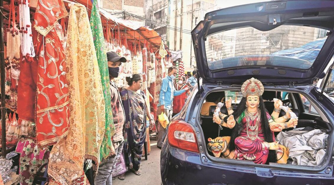 Navratri amid pandemic: Celebrations muted but spirit remains high; garbas go private
