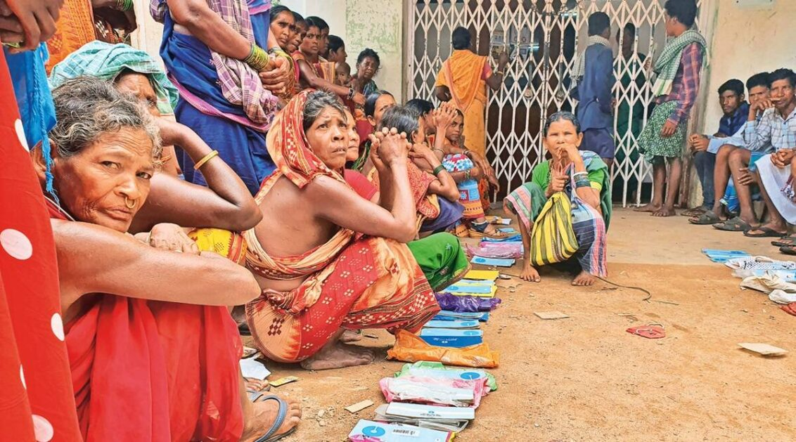 Odisha: In Maoist-hit district, patchy electricity, internet mean long queues outside banks