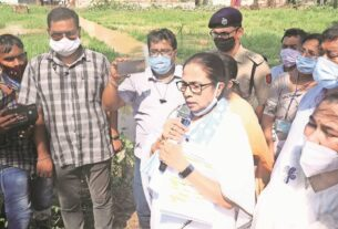On Mamata Banerjee charge, DVC says flood warning given 'well in advance'